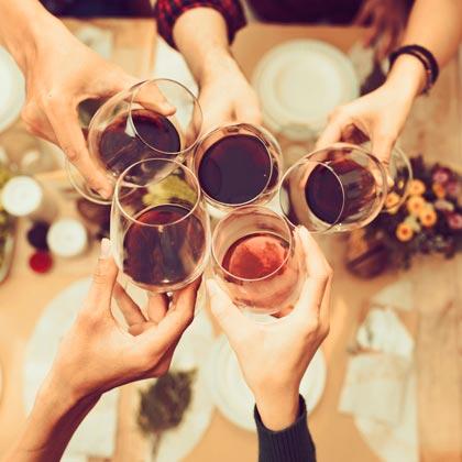 Wein mit den Liebsten genießen
